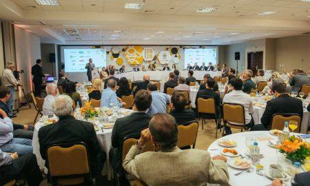 Setor de defensivos agrícolas anuncia metas até 2020 em prol das abelhas - RuralSoft
